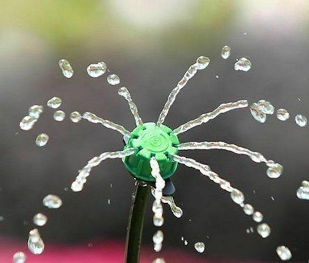 100Pc Adjustable Emitter Dripper Micro Drip Sprinkler Watering System