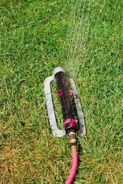 Oscillating Water Metal Clog Ressistant 18